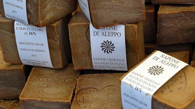 usare sapone di Aleppo